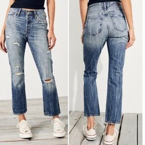 NWT Hollister High Rise Vintage Straight Jeans 0